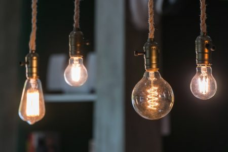 how Thomas Edison solved problems