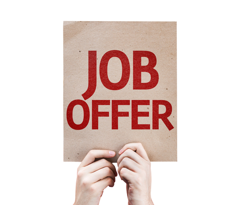 Making a contractual job offer to new employee