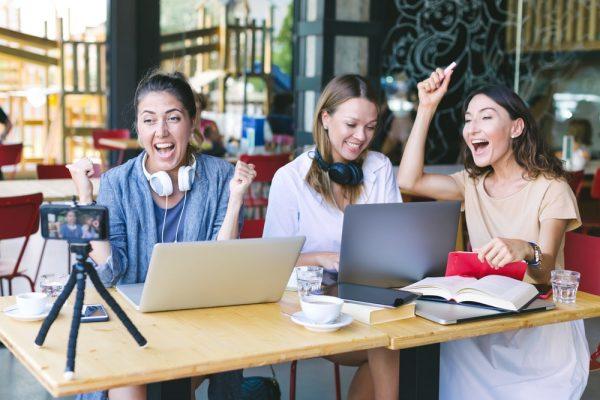 3 female millennial influencers